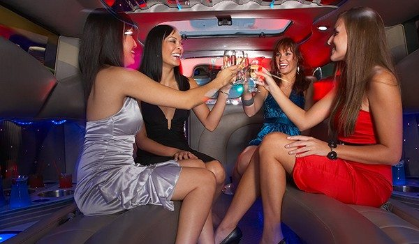 Hiring a Holiday Limousine: Travel in Style